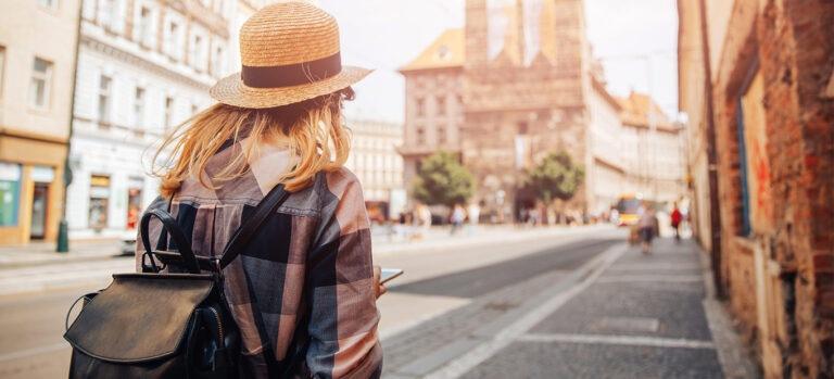 چرا دلتنگ سفر میشویم